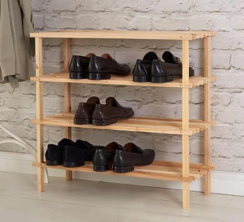 Laťkový botník z cedrového dřeva
