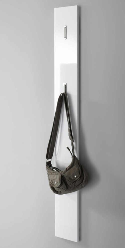 Moderní předsíňový panel do malé chodby