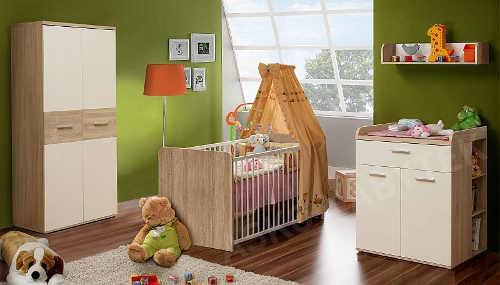 Pokoj pro miminko s velkou skříní