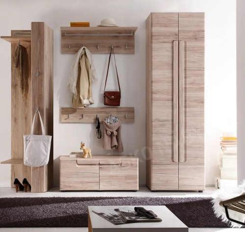 Dřevotřísková skříň bukový dřevodekor