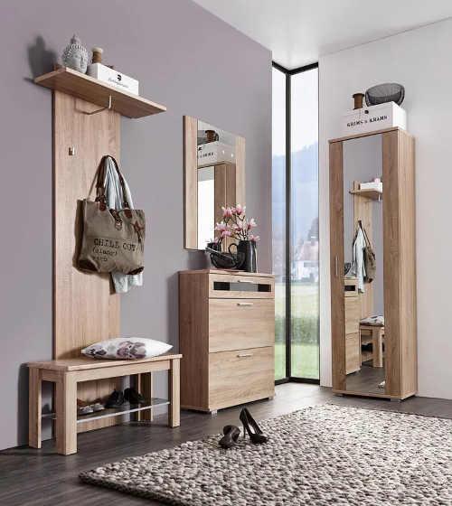 Dubový nábytek do předsíně s vysokou zrcadlovou skříňkou