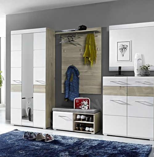 skříň do předsíně v moderním dekoru
